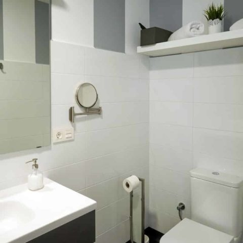 n11-Habitacion-privada-bano-04